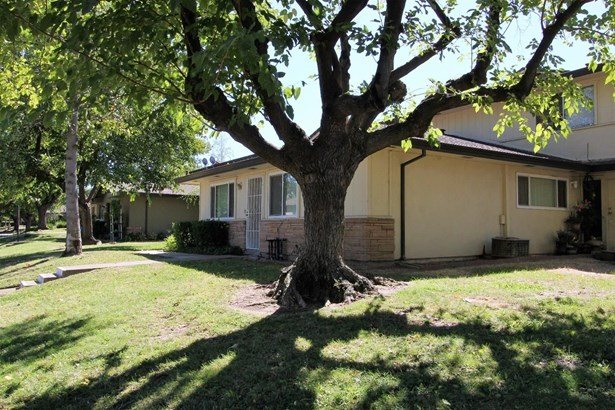 4424 Greenholme Drive, Sacramento, CA - USA (photo 2)