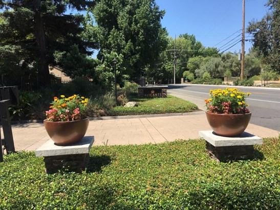 523 Woodside Oaks Oaks 2, Sacramento, CA - USA (photo 2)