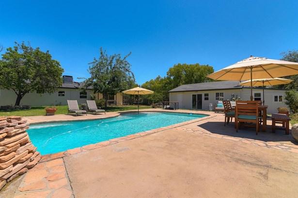 7531 Mountain Avenue, Orangevale, CA - USA (photo 2)