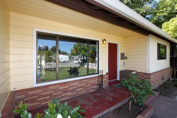 1110 Melrose Avenue, Roseville, CA - USA (photo 4)