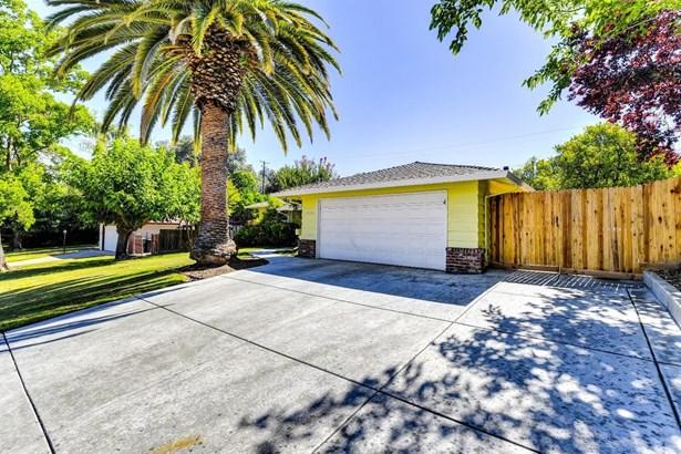 7680 Capricorn Drive, Citrus Heights, CA - USA (photo 2)