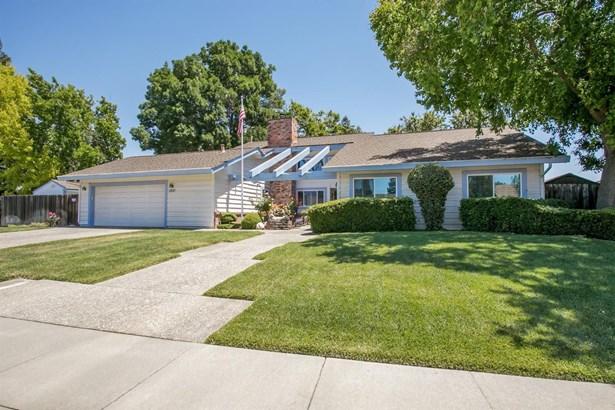 1310 Parkgreen, Dixon, CA - USA (photo 1)