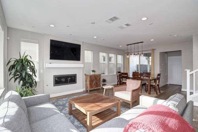 1013 Forbes Lane, Davis, CA - USA (photo 3)