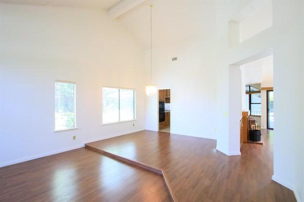1307 Bellwood Court, Roseville, CA - USA (photo 5)