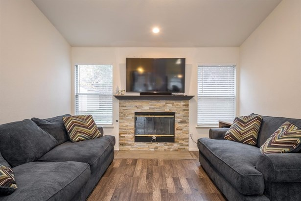 5350 Donlyn Place, Antelope, CA - USA (photo 3)