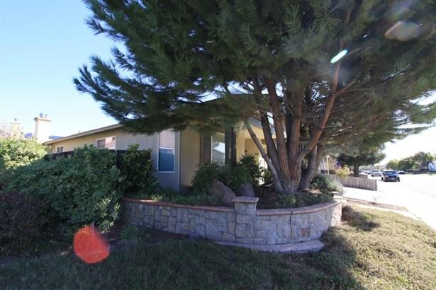 9605 Crisswell Drive, Elk Grove, CA - USA (photo 3)