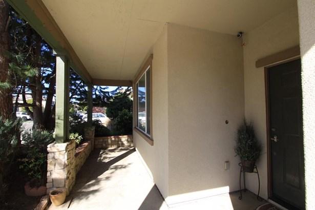 9605 Crisswell Drive, Elk Grove, CA - USA (photo 5)