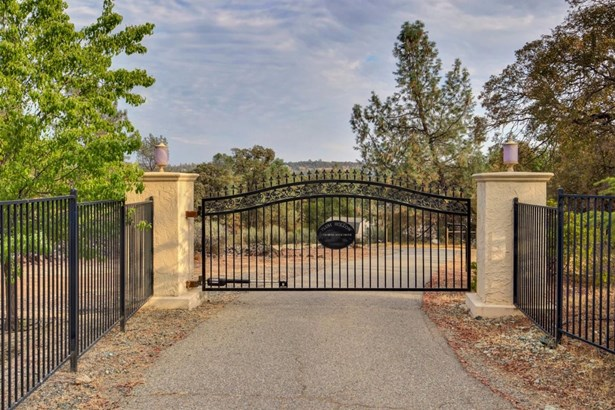 13530 Moss Rock Drive, Auburn, CA - USA (photo 2)