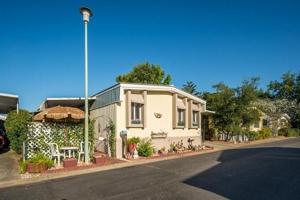 6204 Freedom Lane, Citrus Heights, CA - USA (photo 2)