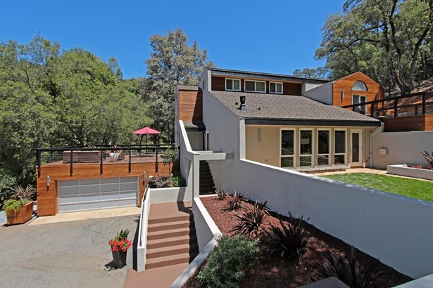 2250 Black Oak Road, Auburn, CA - USA (photo 2)