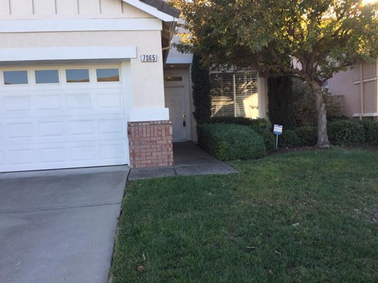 7065 Mule Team Way, Roseville, CA - USA (photo 1)