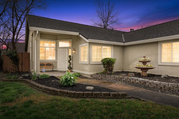 5416 Buena Park Court, Antelope, CA - USA (photo 3)