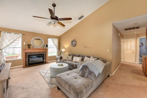 5416 Buena Park Court, Antelope, CA - USA (photo 4)