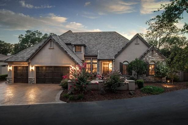 4912 Secluded Oaks Lane, Carmichael, CA - USA (photo 1)