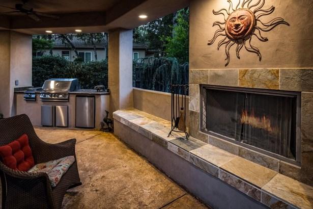 4912 Secluded Oaks Lane, Carmichael, CA - USA (photo 3)