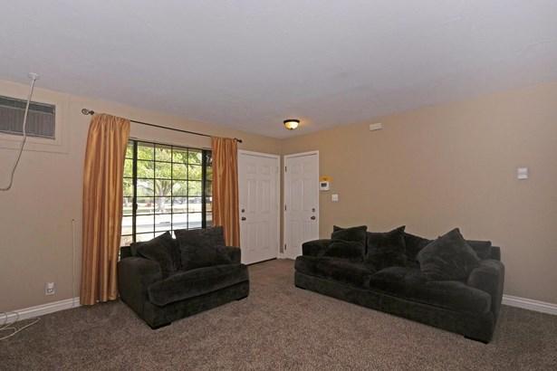 3900 Stephen Drive, North Highlands, CA - USA (photo 4)