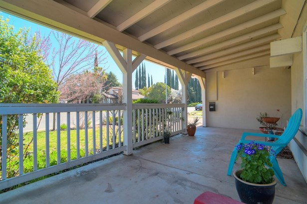 6045 Merlindale Drive, Citrus Heights, CA - USA (photo 3)
