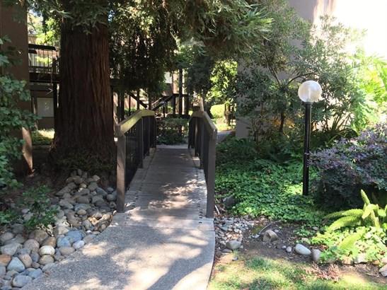 613 Woodside Sierra Sierra 2, Sacramento, CA - USA (photo 5)
