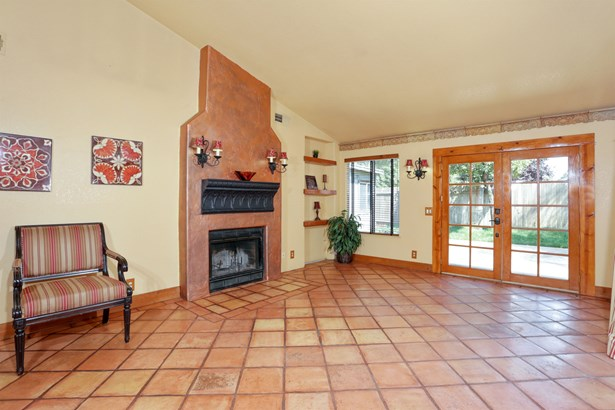 648 Copper Way, Roseville, CA - USA (photo 4)