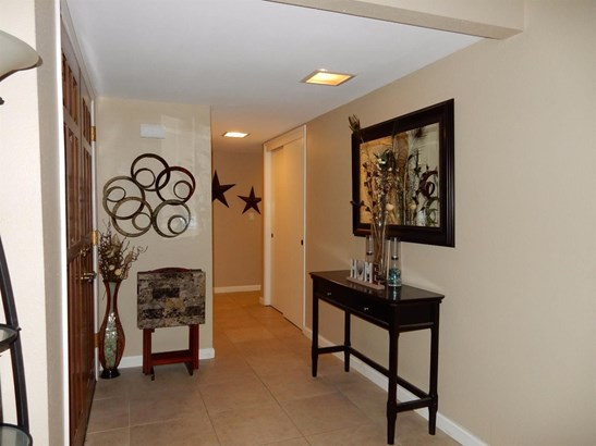 7308 Whyte Avenue, Citrus Heights, CA - USA (photo 3)