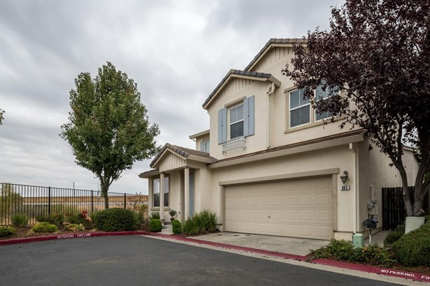 882 Courtyards Loop, Lincoln, CA - USA (photo 2)