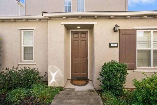 51 Villa Gardens Court, Roseville, CA - USA (photo 3)
