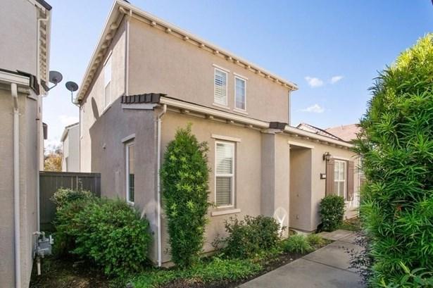 51 Villa Gardens Court, Roseville, CA - USA (photo 4)