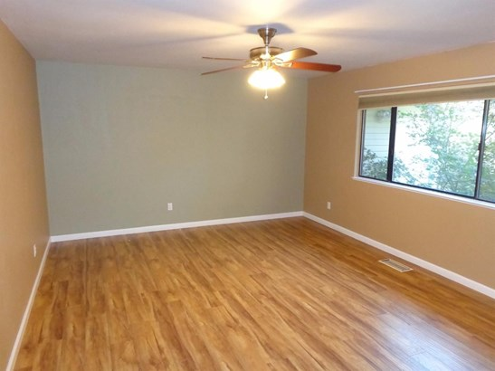 84 Blue Jay Drive, Placerville, CA - USA (photo 4)