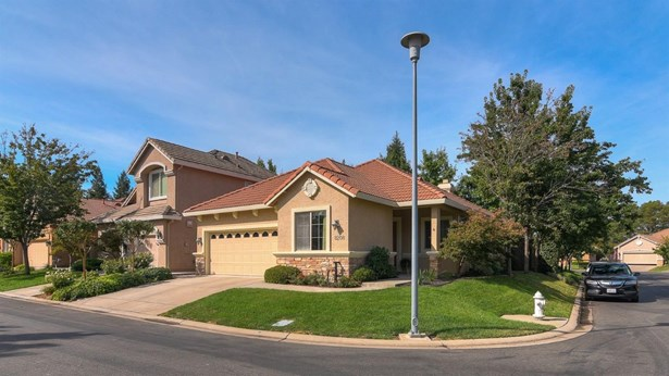 8208 Ashcrest Lane, Fair Oaks, CA - USA (photo 1)