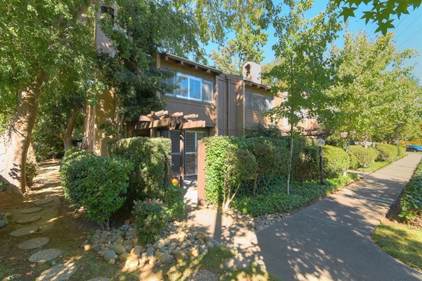 2254 Woodside Lane 6, Sacramento, CA - USA (photo 1)