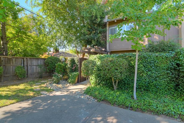 2254 Woodside Lane 6, Sacramento, CA - USA (photo 3)