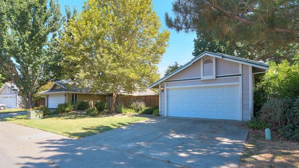 7417 Deltawind Drive, Sacramento, CA - USA (photo 3)