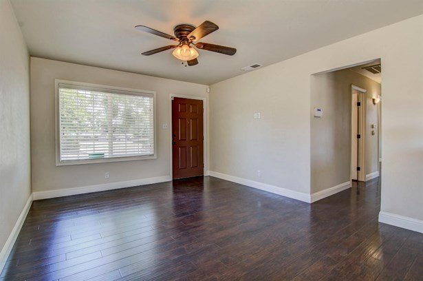7241 Oakberry Way, Citrus Heights, CA - USA (photo 4)