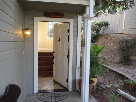 205 Live Oak Circle, Roseville, CA - USA (photo 2)
