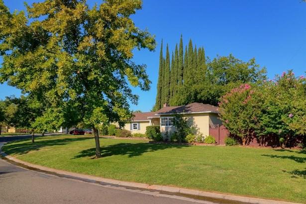 3541 Bodega Court, Sacramento, CA - USA (photo 2)