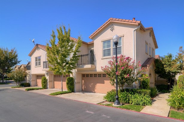 3301 North Park Drive 1812, Sacramento, CA - USA (photo 1)