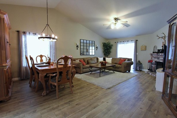 672 Portside Circle, Roseville, CA - USA (photo 4)