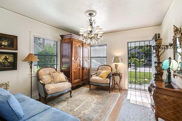 1046 54th Street, Sacramento, CA - USA (photo 2)