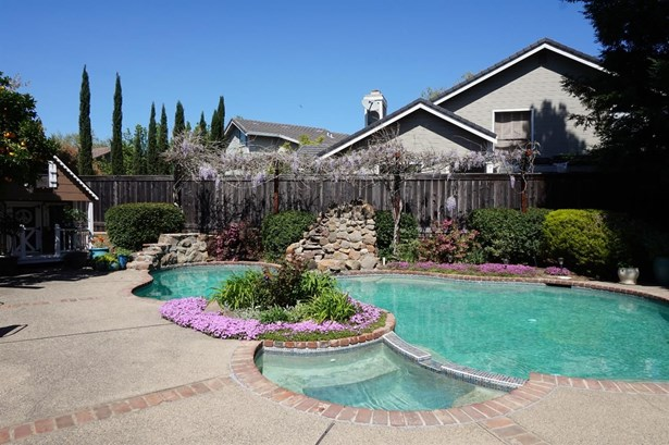 2311 Thistle Down Drive, Roseville, CA - USA (photo 4)