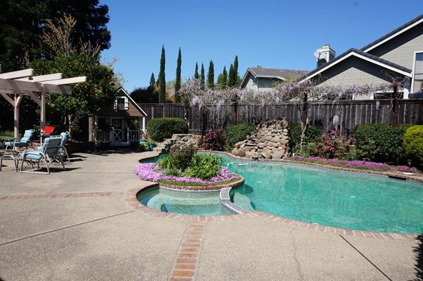 2311 Thistle Down Drive, Roseville, CA - USA (photo 5)