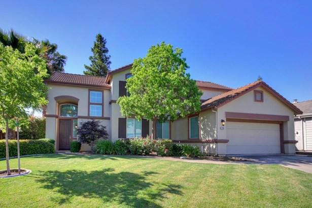 3768 Grand  Point Lane, Elk Grove, CA - USA (photo 1)