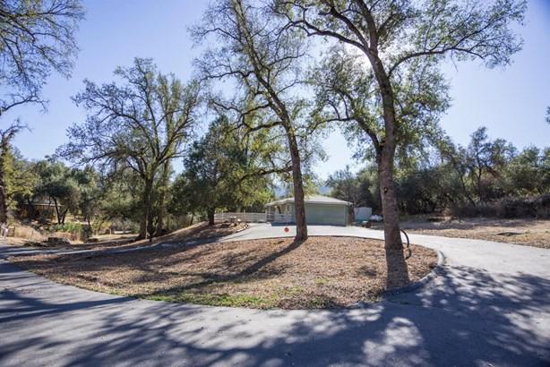 45497 Lauri Lane, Oakhurst, CA - USA (photo 1)