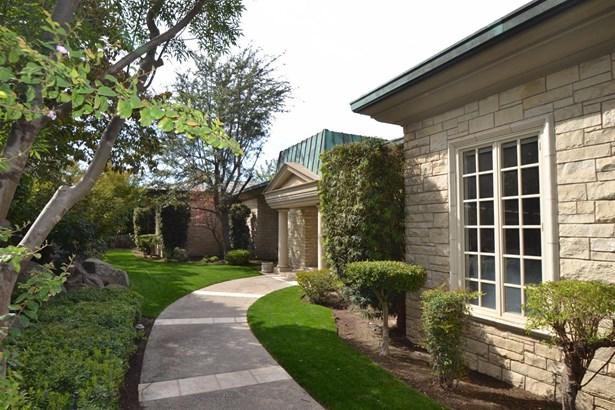 3726 W Buena Vista Avenue, Fresno, CA - USA (photo 5)