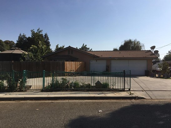 2520 Country Drive, Merced, CA - USA (photo 1)