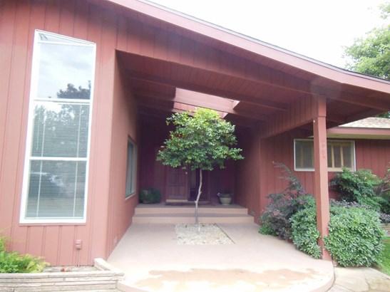 6781 E Harvey Avenue, Fresno, CA - USA (photo 1)