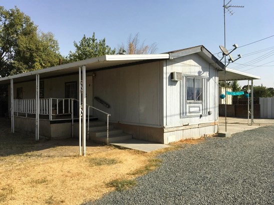 374 N Maple Street, Pixley, CA - USA (photo 2)