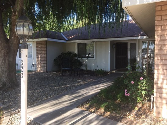 323 Davis Place, Lemoore, CA - USA (photo 1)