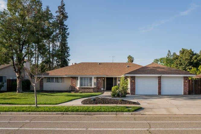 3334 W Sierra Avenue, Fresno, CA - USA (photo 1)