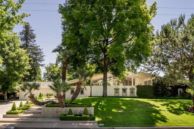 7490 N Charles Avenue, Fresno, CA - USA (photo 1)