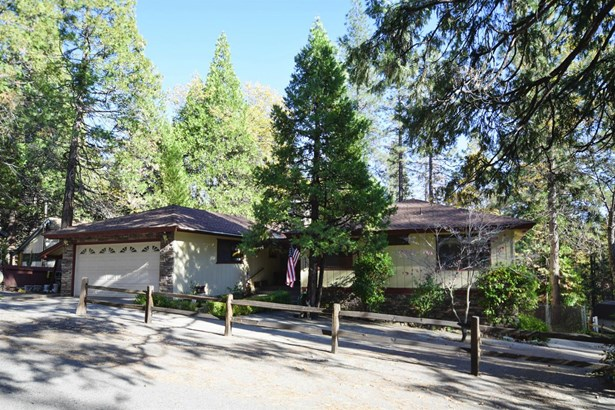 54664 Crane Valley, Bass Lake, CA - USA (photo 1)